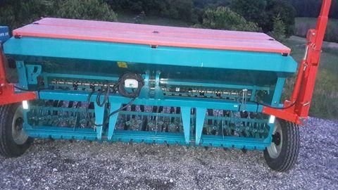 Sulky Sulky 3 méteres gabonavetőgép