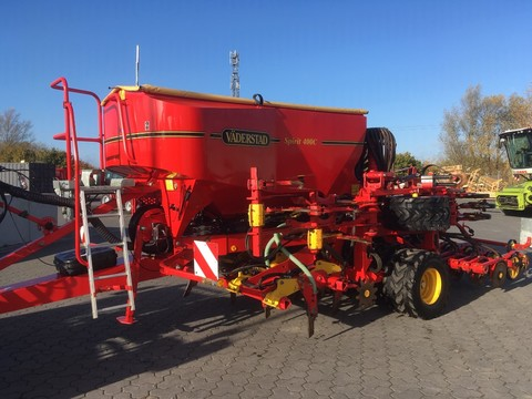 Väderstad Spirit ST 400 C Strip Drill