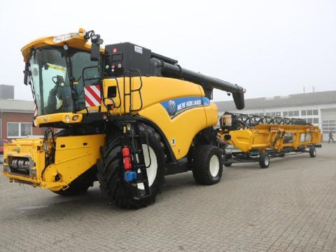 New Holland CR 9090
