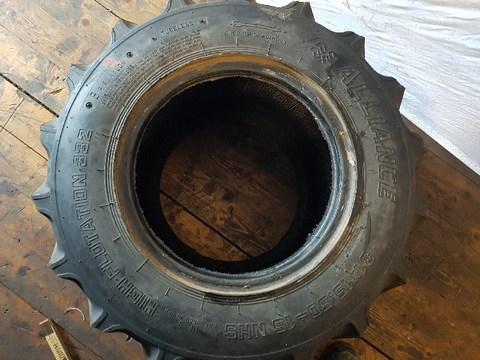 Alliance 31x15.50-15 Reifen