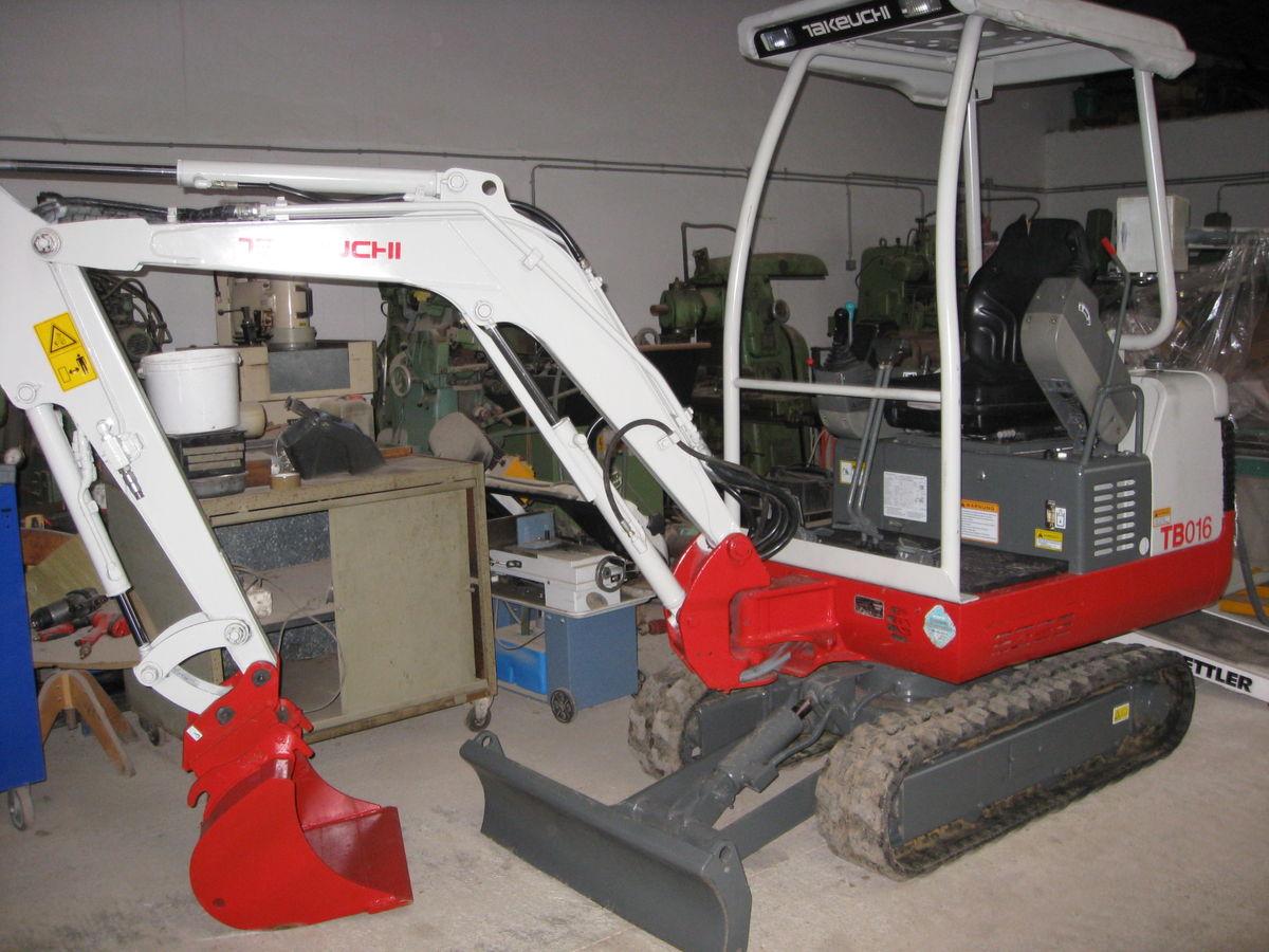 takeuchi tb 135 technische daten tracteur agricole. Black Bedroom Furniture Sets. Home Design Ideas