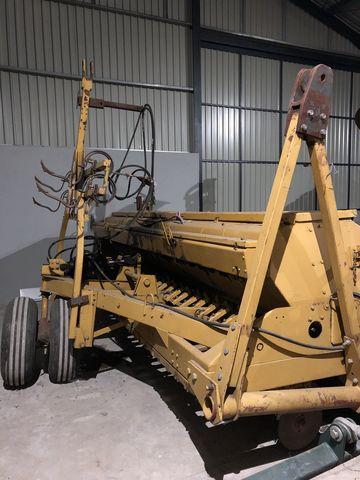 IH IH 6200 aprómagvetőgép
