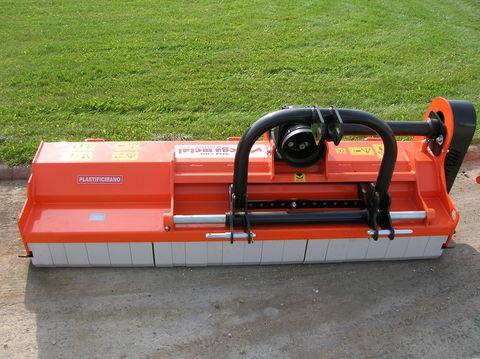 Egyéb MegaMetal UM 200-220 szárzúzó