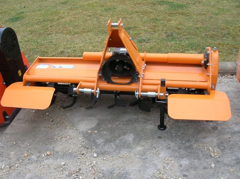 Egyéb Cloveragri TL 135 talajmaró