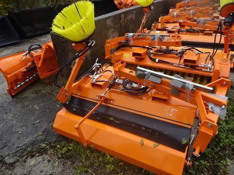 SVD- Kehrmaschine- 1,5 Meter- mit Seitenbesen - hydraulische Ent SVD 1,5 M - S- Hydraulisch
