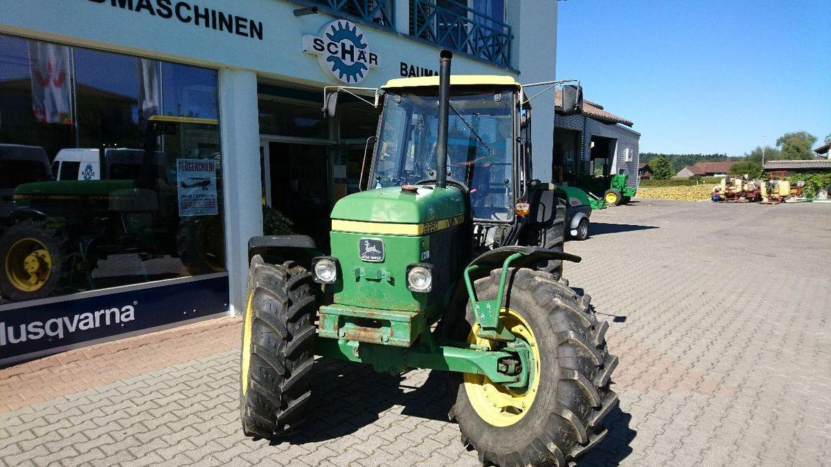 John Deere, 2250 A MC 1, 1989 | Traktor 2-Rad-Antrieb | Agropool