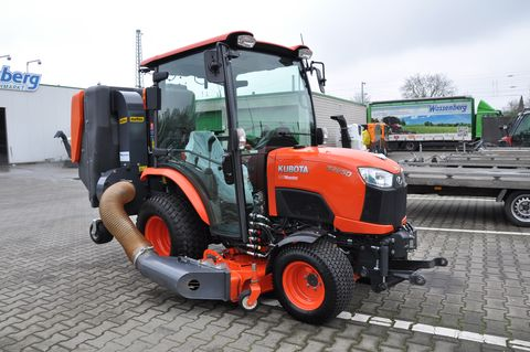Kubota B 2650 mit Mähwerk in Kundenauftrag