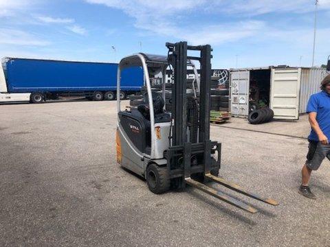 STILL R20-18 Elektro Stapler,   Eigenmasse 2392kg