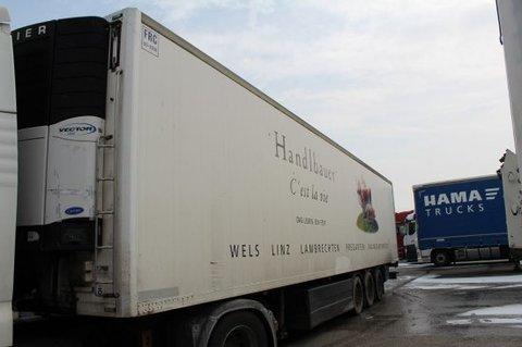 Schwarzmüller Kühlauflieger+Fleischbahnen, Carrier Maxima 1800