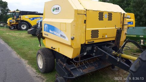 New Holland BR560A