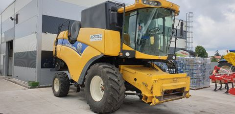 New Holland CX5080 Elevation