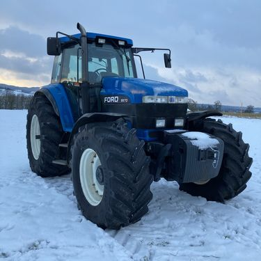 New Holland G170 / Ford 8670 - Top Zustand