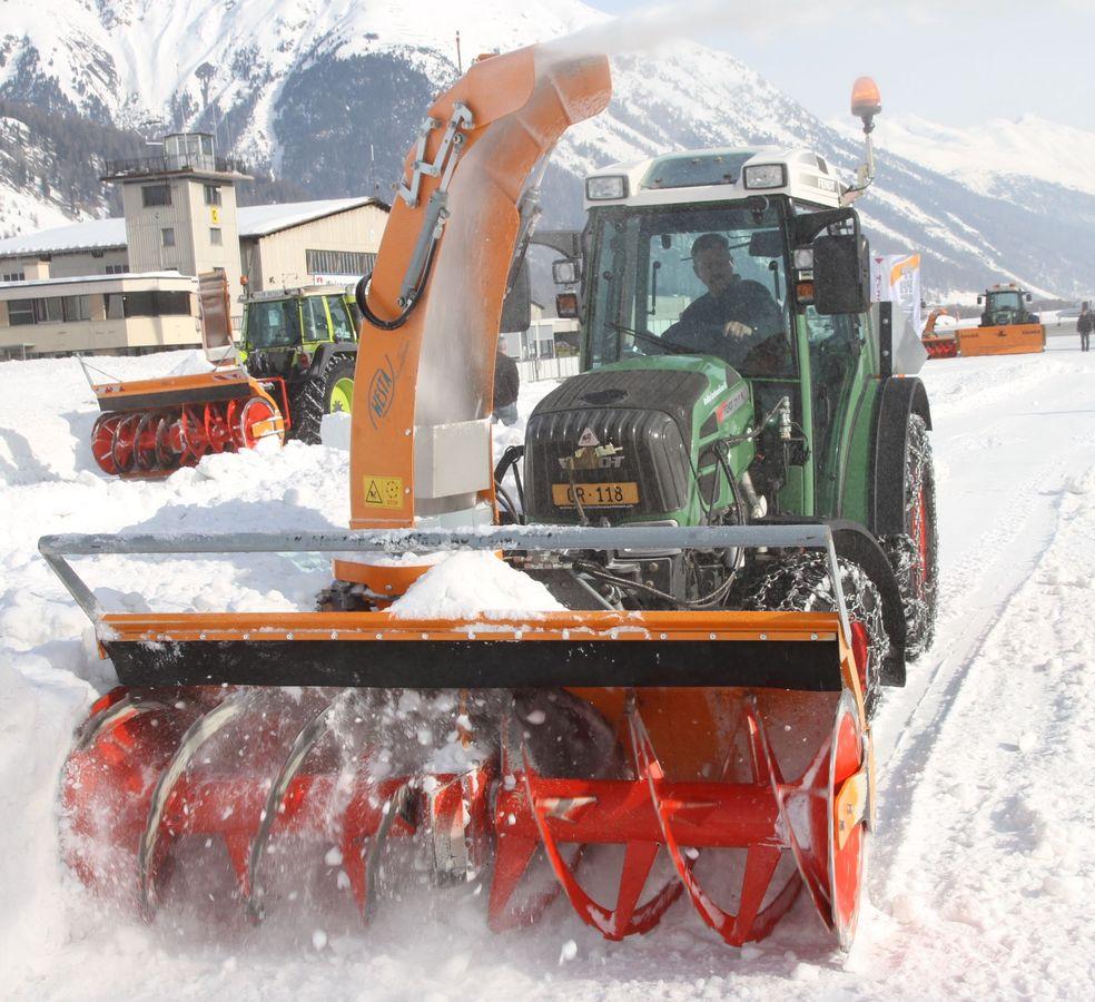 Cxserie 3punkt Schneefräse Traktor Schneefräse: Westa 650/6570/7370 Schneefräse Traktor Lindner AEBI