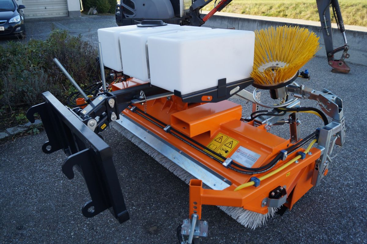talex kehrmaschine traktor radlader liebherr kramer 3. Black Bedroom Furniture Sets. Home Design Ideas