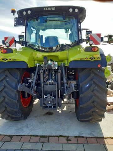 Claas Arion 510