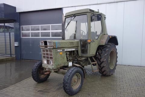 Case-IH IHC 743 XL ex-Armee