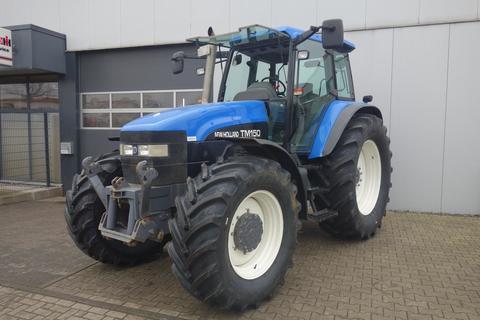 New Holland TM 150 Powercommand