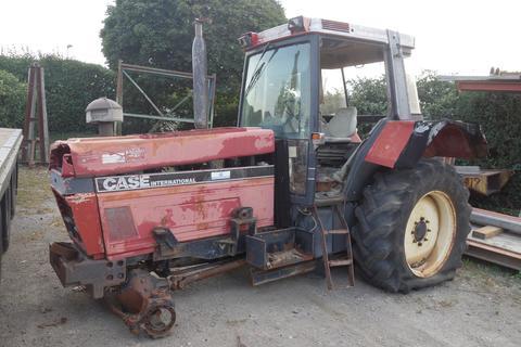 Case-IH 1255 XL