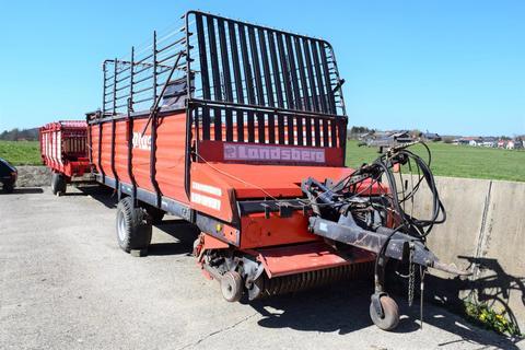 Landsberg LH 3131 mit hydraulischem Kratzbodenantrieb und