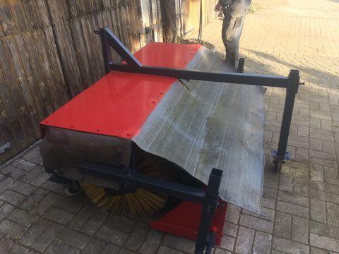 Sonstige Kehrmaschine 150cm