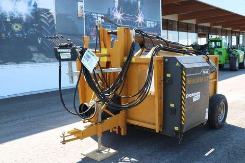 Mammut Profi 4000L gezogen mit Eigenölversorgung