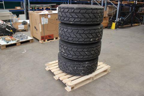 Michelin 340/65 R18 8-Loch Komplettrad Preis per Stück