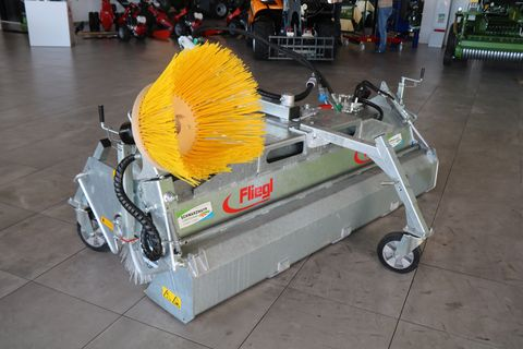 Fliegl Kehrmaschine 2300 3-Punkt
