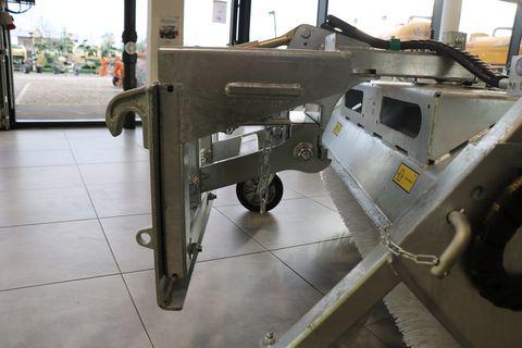 Fliegl Kehrmaschine 1550 Euro