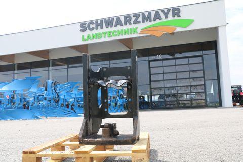 Scharmüller Anhängebock für Steyr 9100M