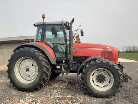 Massey Ferguson Tractor 8240