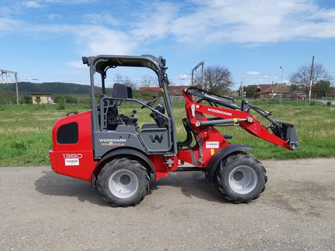 Weidemann Incarcator frontal 1380