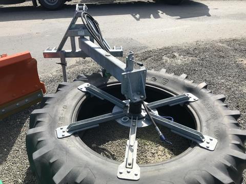 Zocon Futterschieber / Futterrad NEU mit Reifen