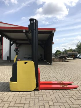 Hyster S1.6-30