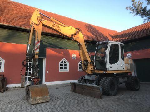 Liebherr A 311 erst 6500 Betriebsstunden