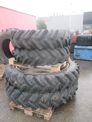 Michelin 12,4R - 46 + 12,4R - 28