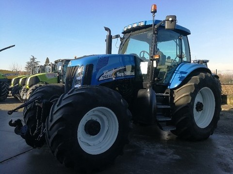 New holland TG 230