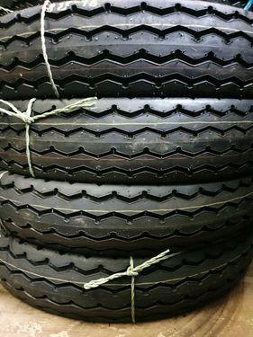 Shikari 8.25-16 Neureifen mit Schlauch und Wulstband