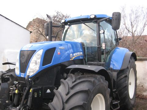 New Holland T7.235 Auto Command