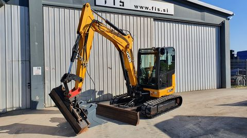 JCB 67C-1 - 1x HYDRAULIC + 2x NEW DIGGING BUCKETS