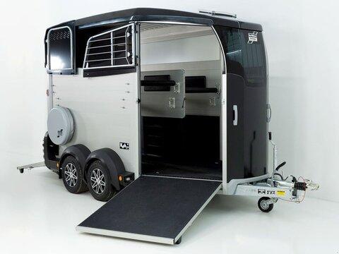 Sonstige Pferdeanhänger HBX 511 mit Frontausstieg neues M