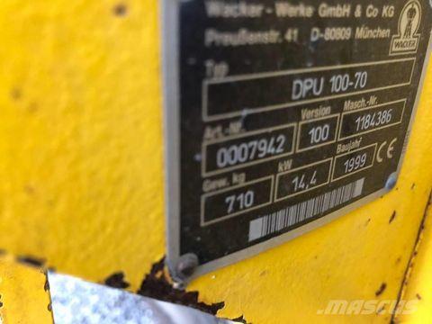 7900-1ec852ab4c806e372c9dc11bd0699f52-2106748