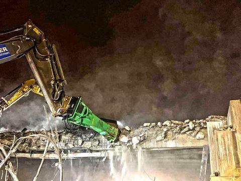 Montabert Hydraulikhammer XL2600 | Abbruchhammer 28 - 38 t