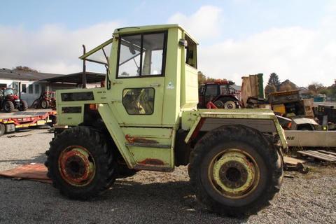 Daimler MB TRAC 800