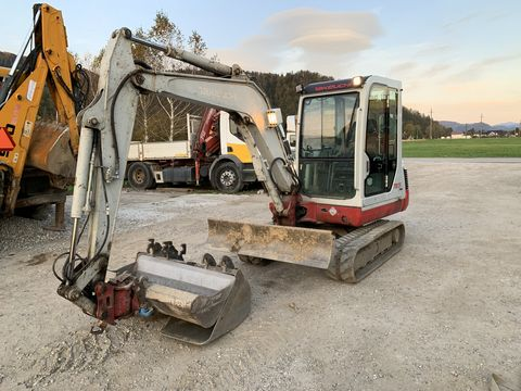 Takeuchi  TB 135 powertild