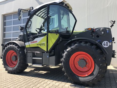 Claas SCORPION 732