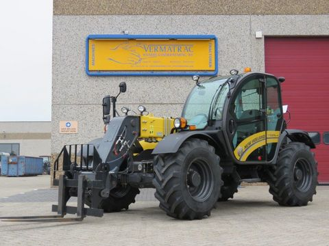 New Holland LM7.37