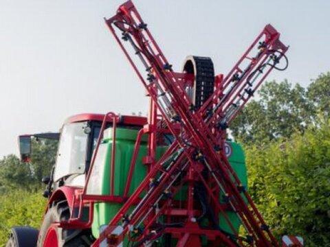 MD Landmaschinen KR Pflanzenschutzspritzen HEROS 12 m und 15 m