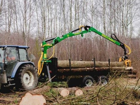 MD Landmaschinen KELLFRI Rückeanhänger 9 T mit Kran