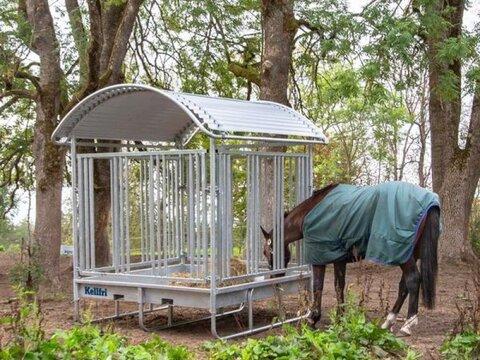 MD Landmaschinen Kellfri Pferdefutter Raufe mit dem Dach für Pfer