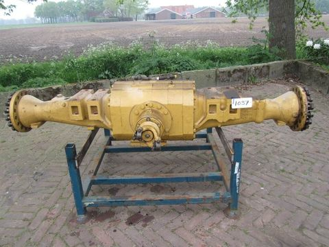 CATERPILLAR 1382726 - Axle/Achse/As
